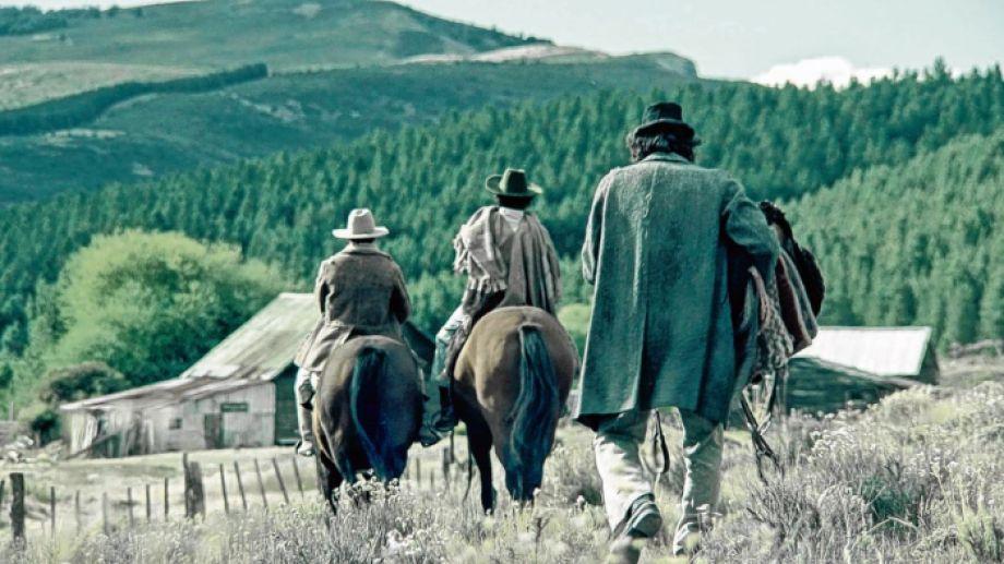 """La película """"Lleno de ruido y dolor"""" es un retrato de la violencia en la Patagonia de los años 20,  describe el director del filme, Nacho Aguirre."""