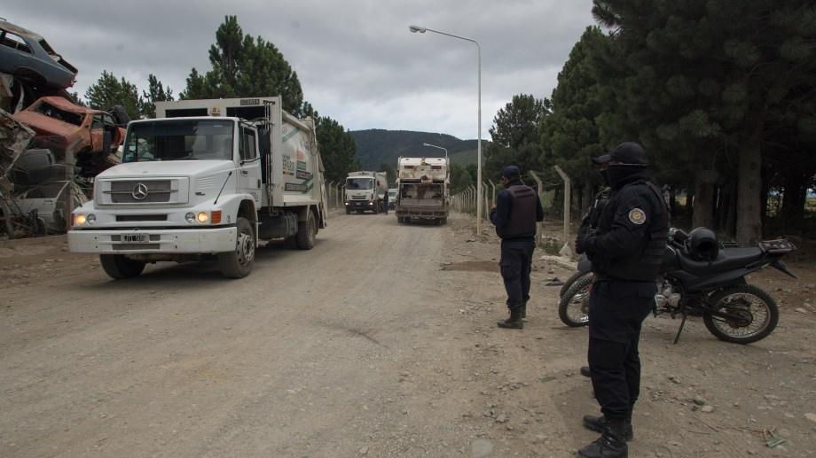 La autopsia estableció que Daniel Cartez Jara murió por las graves fracturas provocadas por el sistema que tienen los camiones recolectores para compacta la basura. (Foto Marcelo Martínez)