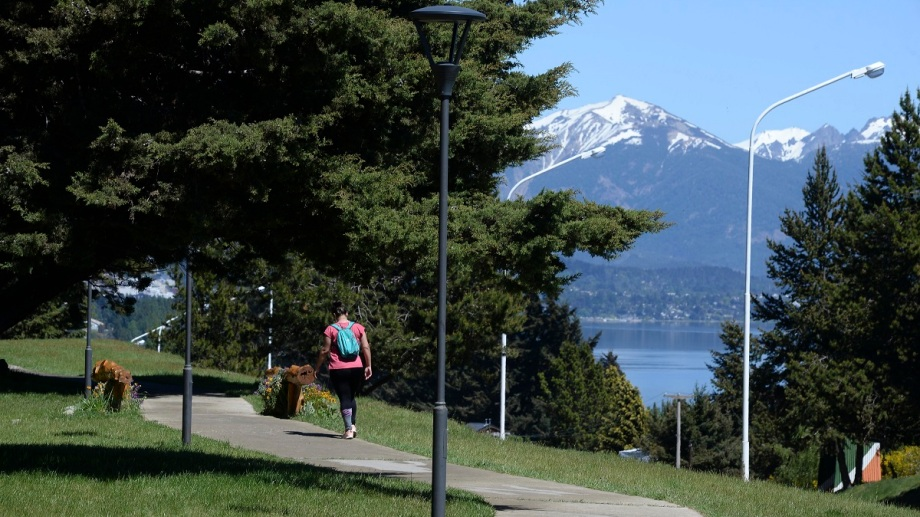 Desde finales de marzo hasta la fecha, 7.022 personas contrajeron la COVID-19 en Bariloche. (foto archivo)