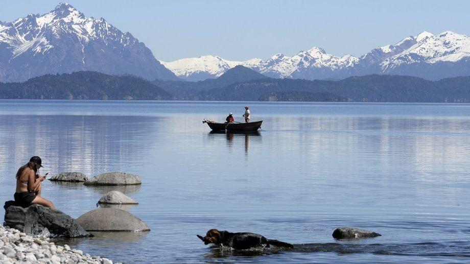 A Bariloche se puede viajar e ingresar solo con el permiso de la app CirculaRN. Archivo