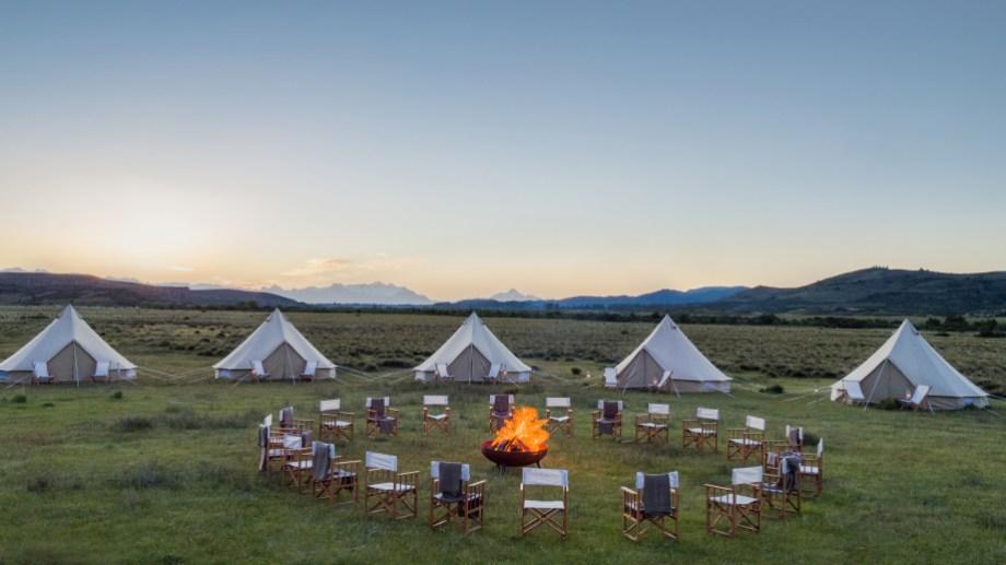 """Los campamentos Pop-Up son hoteles Nómades"""", es decir son montados y desmontados para la ocasión. Foto: Frasson Travel Designer"""