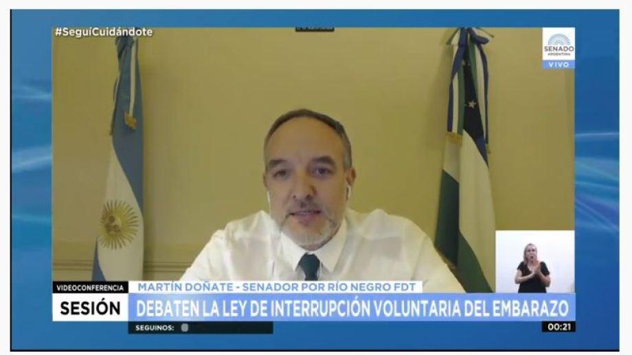 El senador Doñate se emocionó al recordar a la periodista Susana Yappert.-