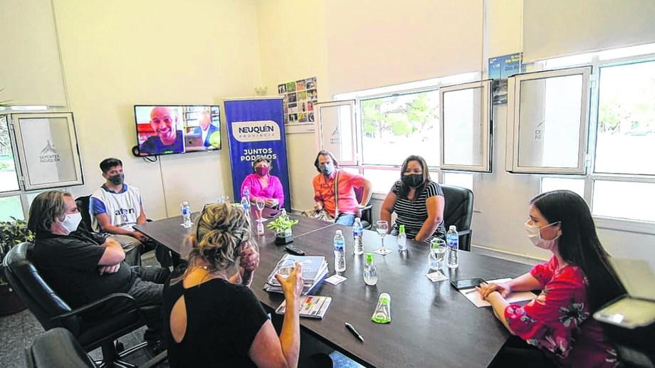 Las ministras Storioni y Merlo recibieron a la conducción de ATEN para empezar a hablar de cómo se reiniciarán las clases. (Prensa ATEN)