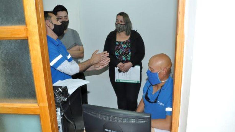 Técnicos de la CNRT capacitaron al personal del municipio de Jacobacci. Foto: José Mellado.