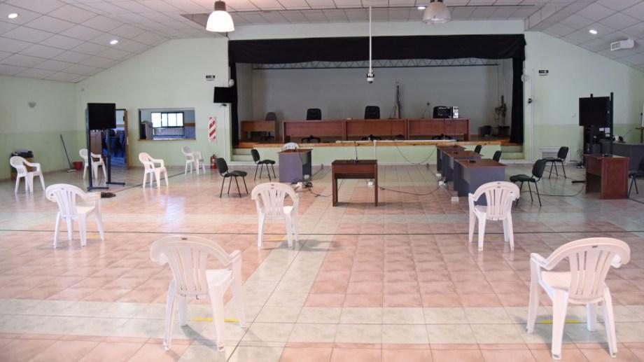 Sala de audiencias del TOF durante pandemia (foto Florencia Salto)