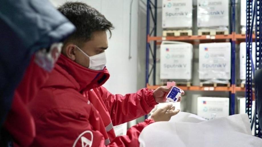 La empresa mostró cómo se encarga de la distribución, que necesita un especial operativo. Foto: gentileza Andreani.-