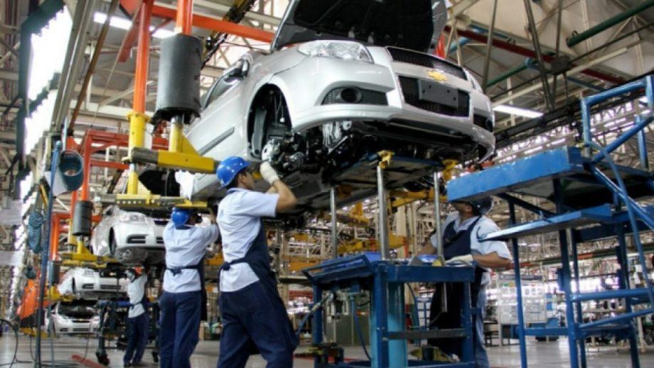 La industria automotriz fue una de las que incrementó el uso de su capacidad instalada.