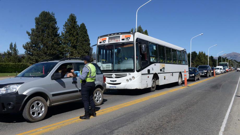 La Policía de Río Negro desplegó anoche controles viales por las restricciones de circulación. Archivo