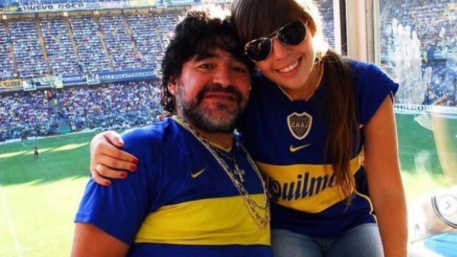 Dalma usó esta foto con Diego para recordarlo y agradecer a la directiva boquense.