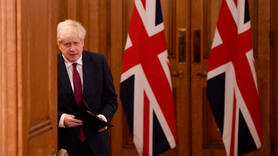 Johnson se anota una victoria personal al concretar esta salida como corolario de una pulseada plagada de controversias.