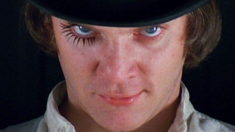 """Malcolm McDowell interpretó al carismático delincuente juvenil en la versión cinematográfica de """"La naranja mecánica""""."""