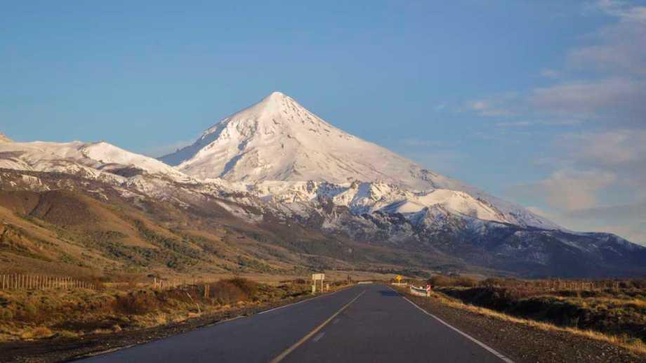 El Parque Nacional Lanín autorizo el pernocte en el volcán. (Foto: Gentileza Parque Nacional Lanín).