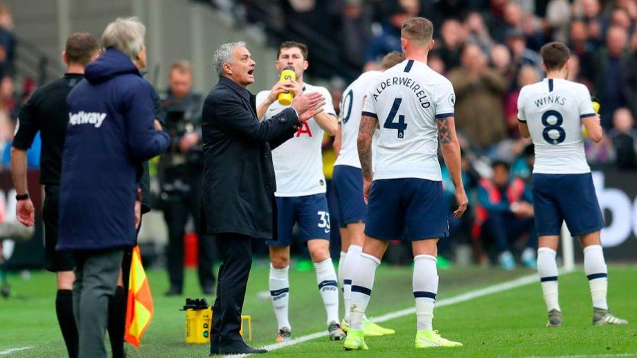 Mourinho criticó las desprolijidades de la Premier.