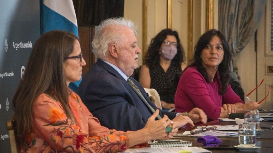 Gómez Alcorta, González García e Ibarra habilitaron hoy el debate en la Cámara Alta. Foto: prensa Gobierno Nacional.-