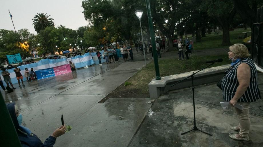 """Viedma. 26-01-2020. Acto por """"las 2 vidas"""" en la Plaza San Martin.  Foto: Pablo Leguizamon"""