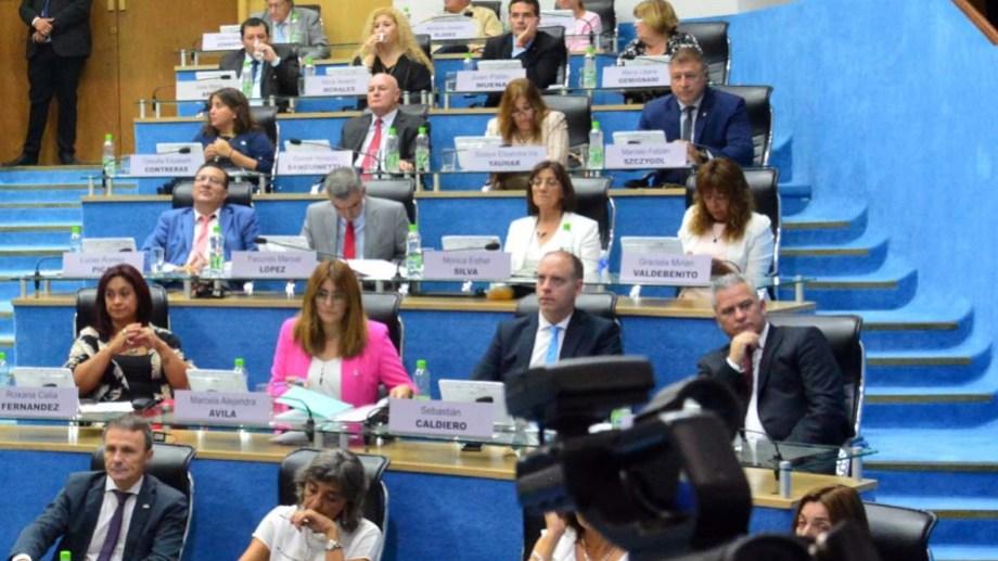 En los posicionamientos públicos, seis legisladores no figuran en ninguno de los comunicados de JSRN. Foto Archivo: Marcelo Ochoa