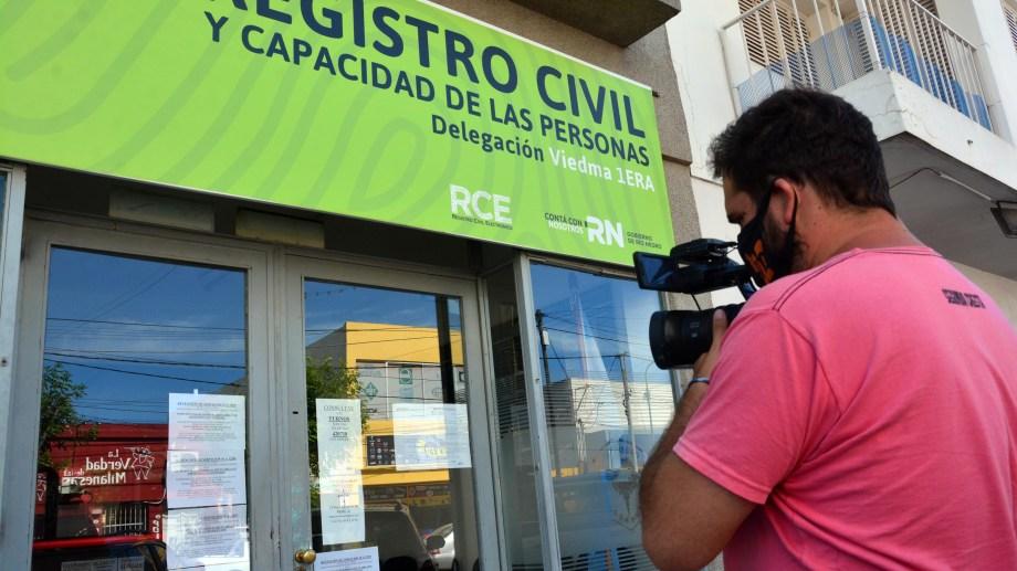 La retención se realiza de 10 a 12 en todas las delegaciones de la provincia. Foto: Marcelo Ochoa.