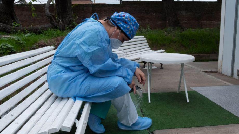 Hay preocupación entre el personal médico, porque las guardias pueden volver a saturarse en pocos días. Foto: Carlos Brigro.-