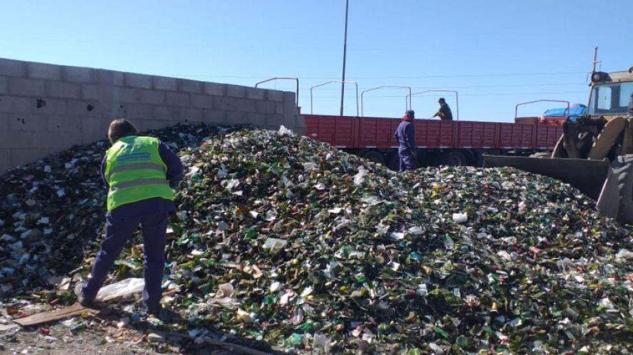 Más de 26 toneladas de vidrio marchan hacia Mendoza. Foto Gentileza