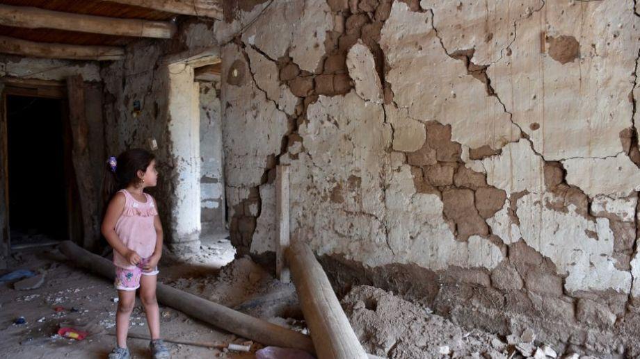 """Aseguran que en San Juan el sismo sólo produjo """"daños en la habitabilidad"""" de casas precarias. Foto: Rubén Paratore para Agencia Télam.-"""