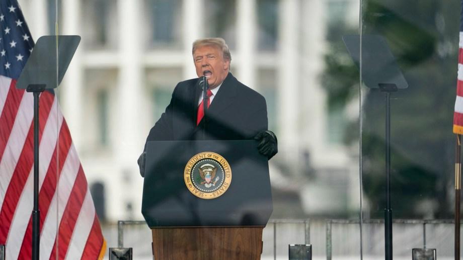 """El segundo juicio político a Trump sería por el cargo de """"incitación a la insurrección""""."""