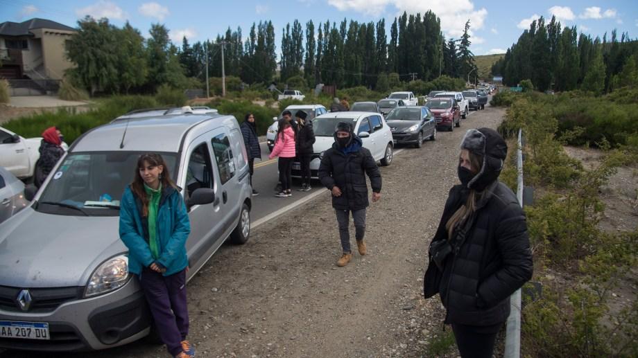 El lunes Uthgra cortó la ruta 40 durante 6 horas y el martes, media mañana. Foto: Marcelo Martinez
