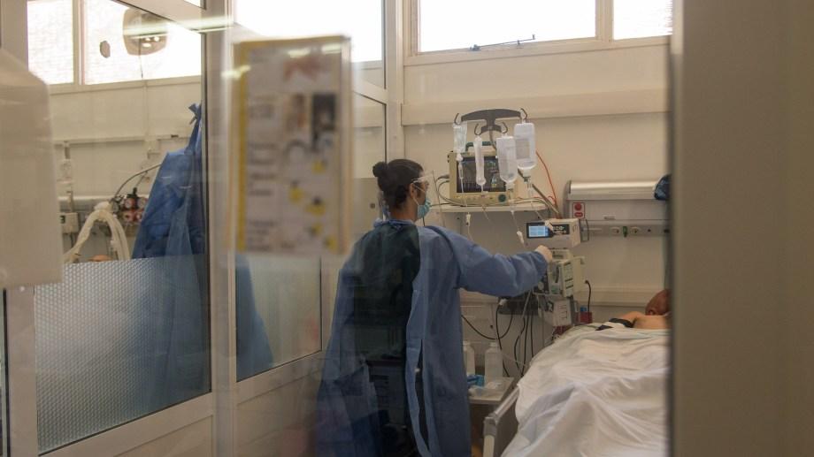 Quedan tres camas disponibles en el área de terapia intensiva del hospital Ramón Carrillo. Foto: archivo