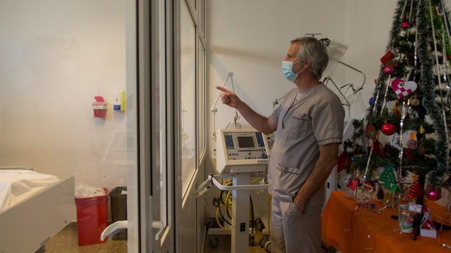 En lo que va de la pandemia, 157 pacientes murieron en Bariloche como consecuencia de la COVID-19. (Foto archivo Marcelo Martínez)