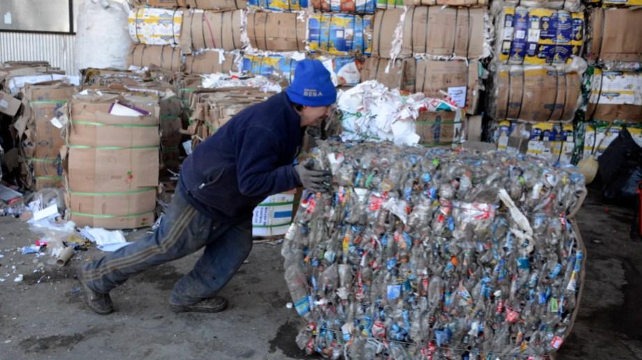 El Municipio de Roca invita a juntar y separar residuos secos durante un mes. Foto: archivo
