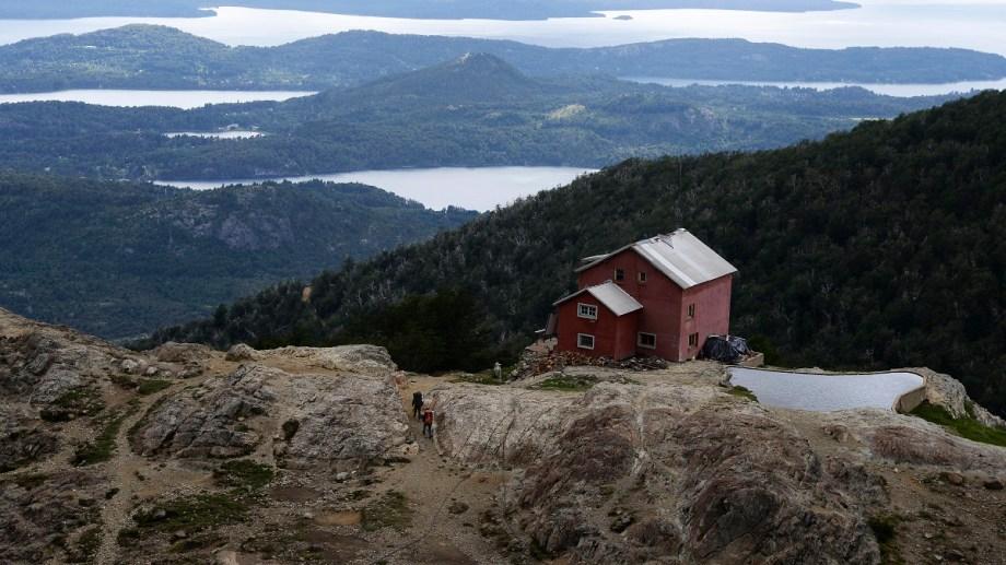 Muchos turistas quieren conocer datos de los caminos de montaña y otra información que no saben donde evacuar. Foto: Archivo/ Alfredo Leiva