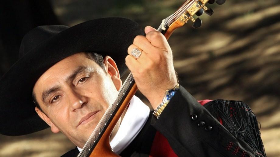El Chaqueño Palavecino tuvo que vender departamentos para sostener a sus músicos.