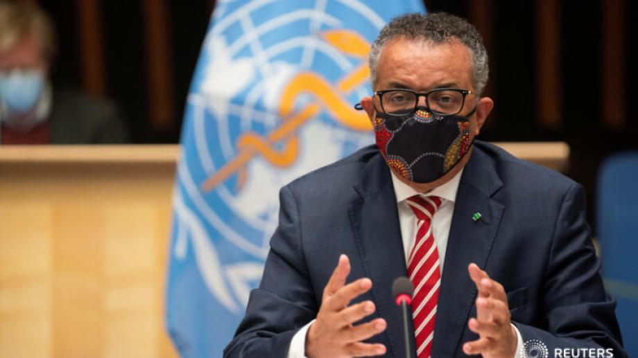 El responsable de la OMS apuntó contra los países ricos y contra los laboratorios que priorizan venderles la vacuna contra el coronavirus. (@ReutersLatam)
