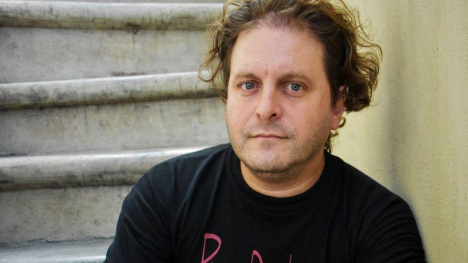 Gito Minore buscó el testimonio de músicos que acompañaron a Gustavo Ceratti en los proyectos electrónicos.