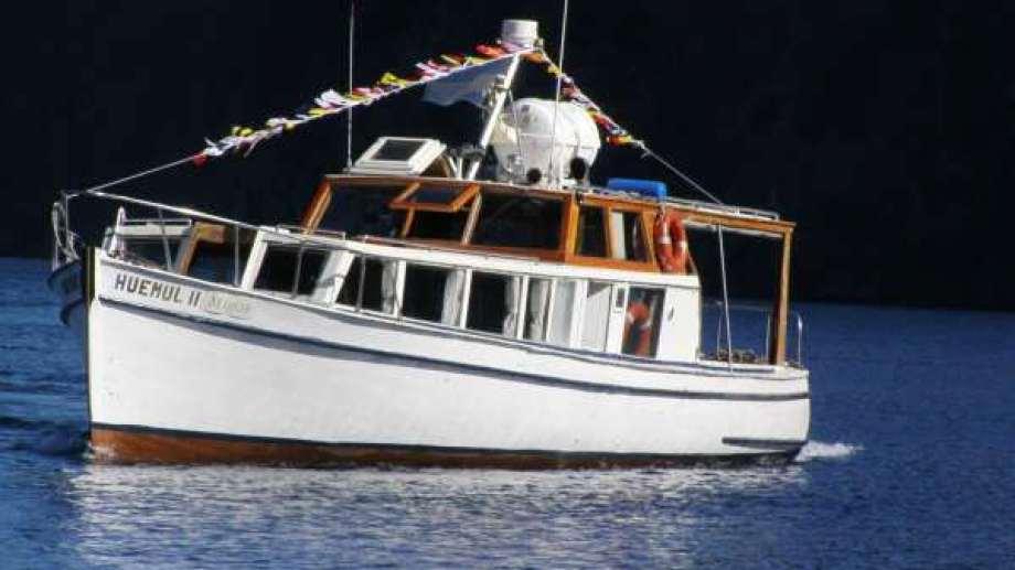 La lancha Huemul II navega el lago Nahuel Huapi desde la década del '30. Foto: Gentileza