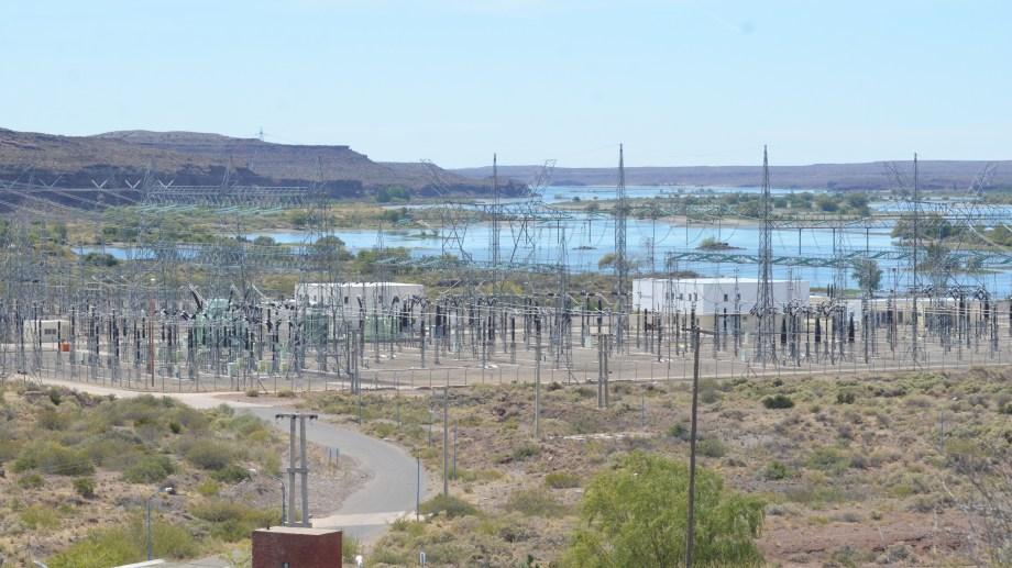 La central hidroeléctrica de El Chocón registró una caída interanual del 9,8% en noviembre del año pasado. (Foto: archivo)