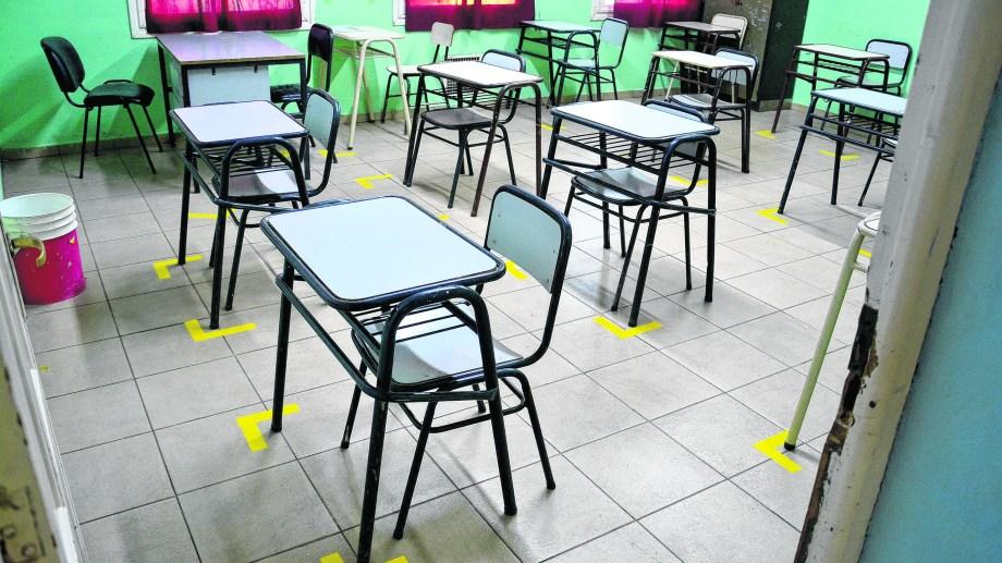 Viedma. Preparativos en la escuela primaria N°1 para el regreso el 3 de marzo. Foto: Marcelo Ochoa Foto  : Marcelo Ochoa