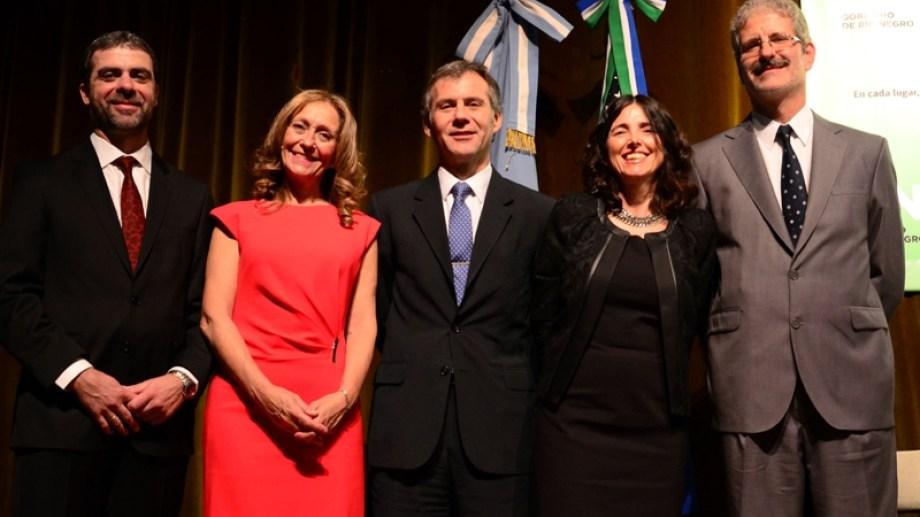 Los miembros del STJ: Ricardo Apcarián, Liliana Piccinini, Enrique Mansilla, Adriana Zaratiegui y Sergio Barotto.
