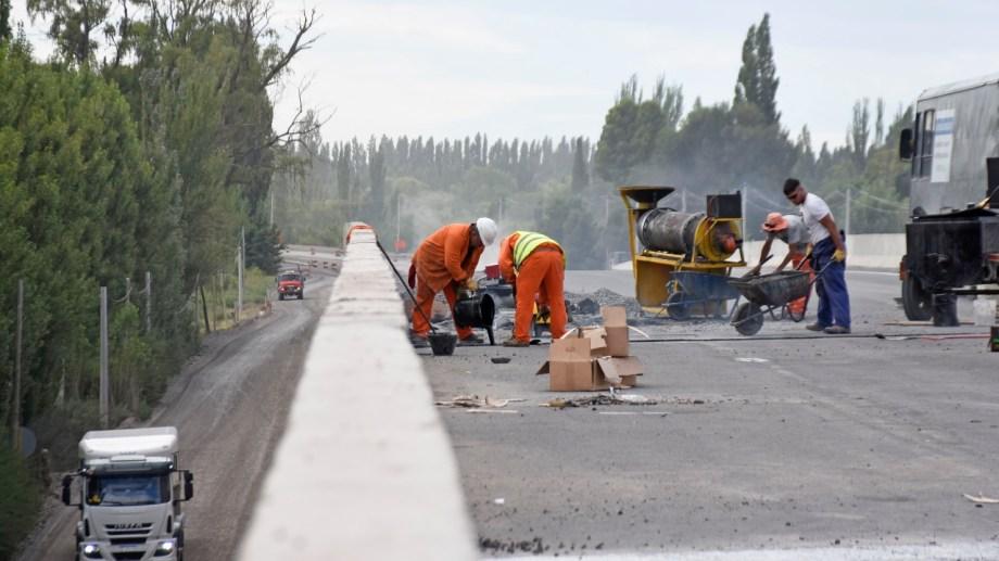 Son 10 kilómetros de la sección 5 en la Ruta 22  que están en un 68% de ejecución (foto Florencia Salto)