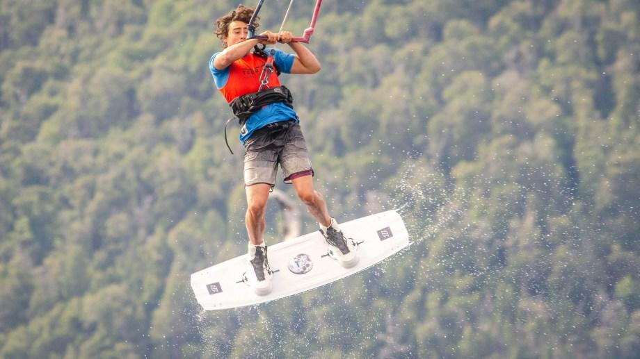Pelos al viento y mucha destreza en los competidores. Foto: Patricio Rodríguez.
