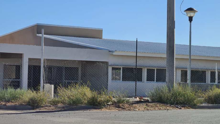 El nuevo edificio contará con aulas, secretarías y sanitarios.