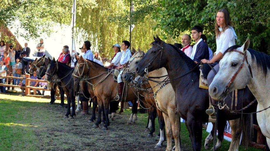 A la Expo Rural, llegan  referentes del campo de todo el país y acuden miles de vecinos. Foto archivo Prensa Sociedad Rural del Neuquén