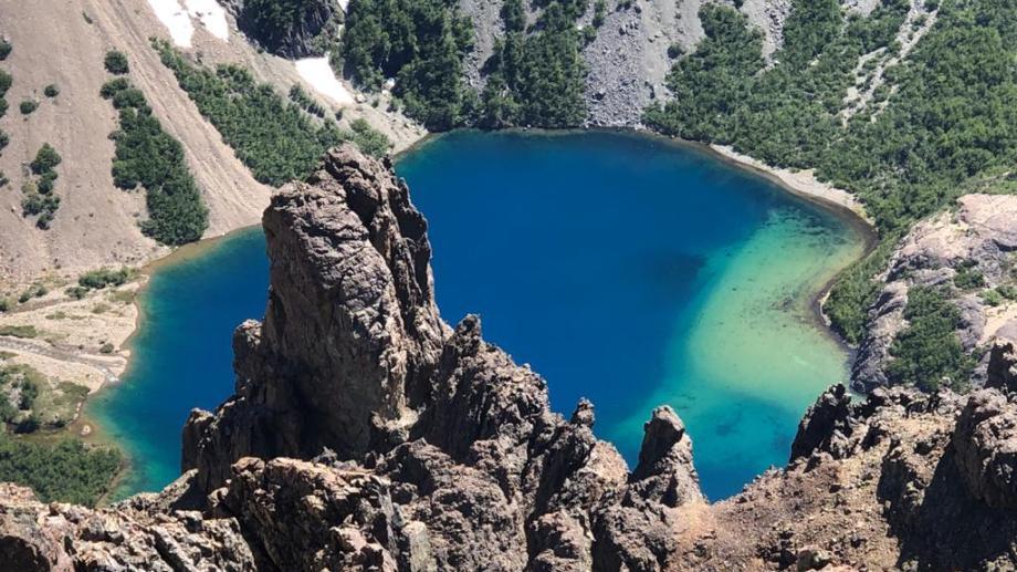 Espectáculo natural, el lago Tricolor. Foto: Emiliano Becerrea