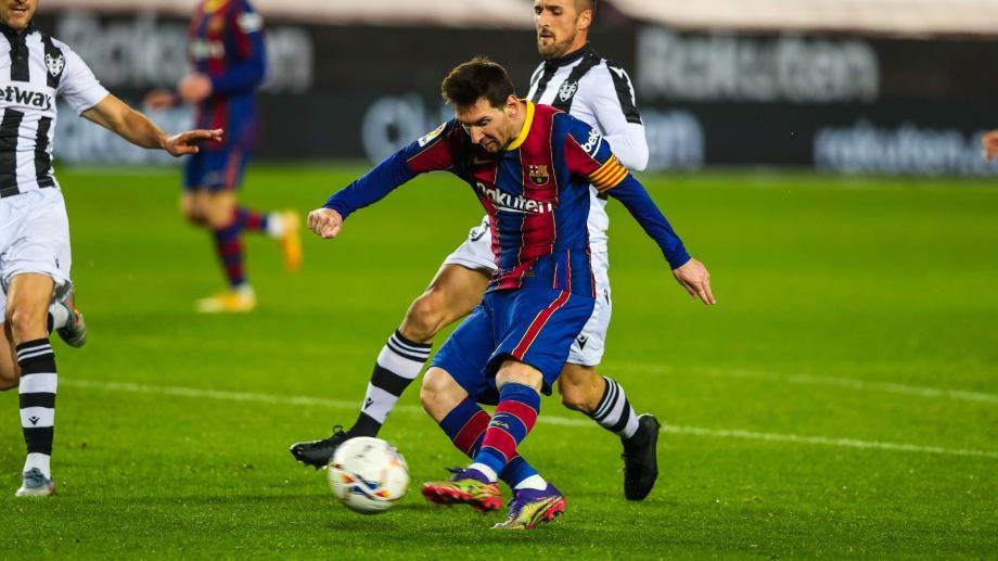 Hoy juega el equipo del rosarino por la Supercopa de España.