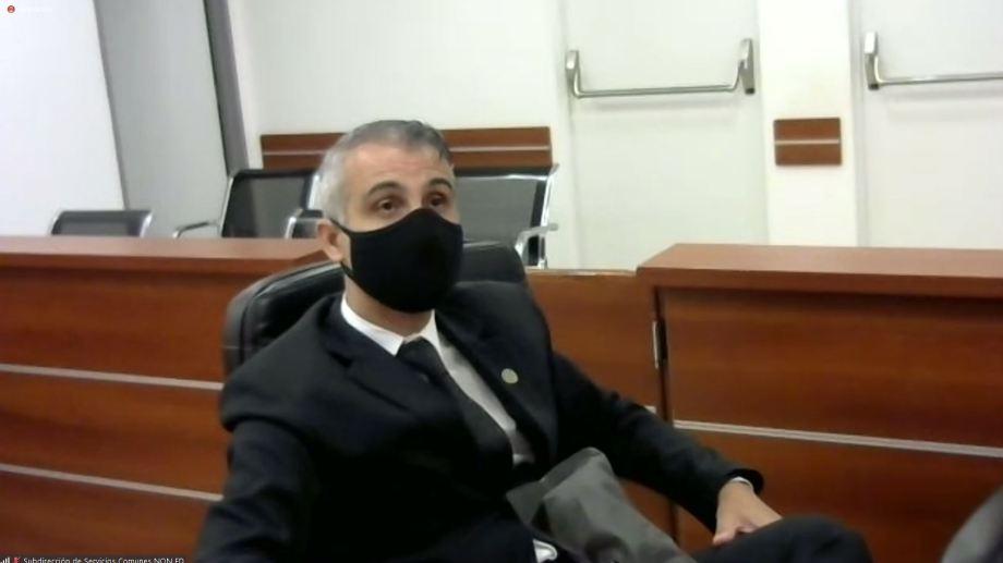 El juez Piedrabuena se presentó a la última audiencia en la sala de la Ciudad Judicial, el 5 de enero.