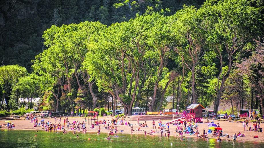 Los paisajes neuquinos son una de las principales atracciones para el turismo interno.