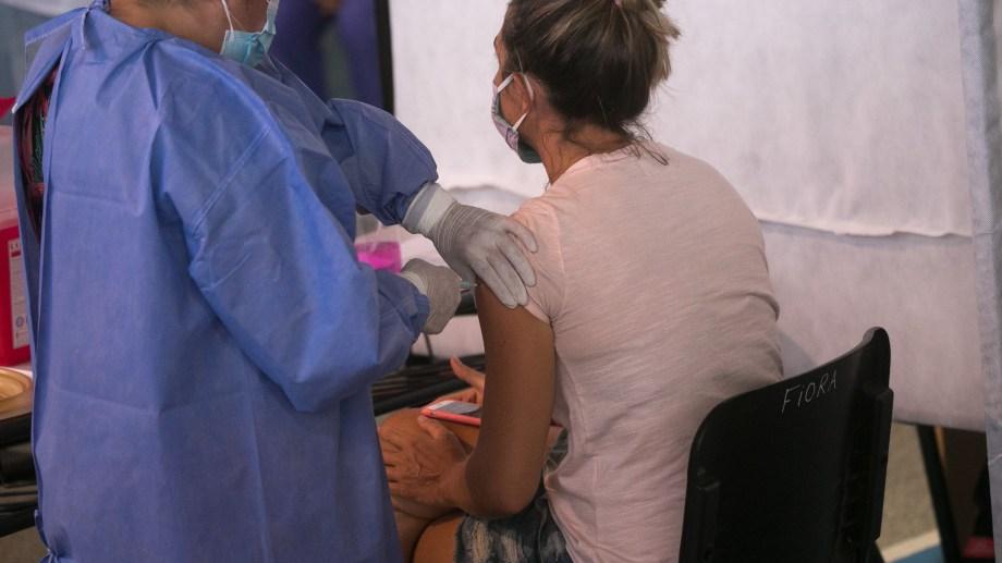 Continúa la distribución de más de 650 mil dosis de vacunas Sputnik V en todo el país.