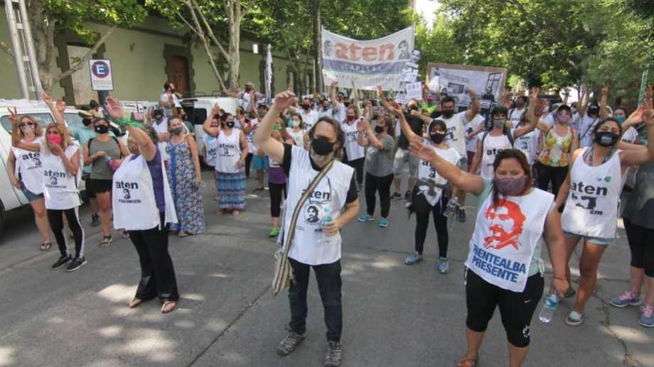 El gremio docente de Neuquén hará hoy la primera movilización masiva de la pandemia. Foto: Facebook prensa.aten