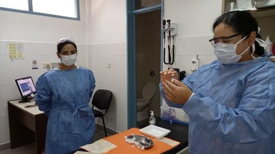 La semana pasada se terminó con la vacunación a los mayores de 80 años en toda la provincia (Neuquén informa)