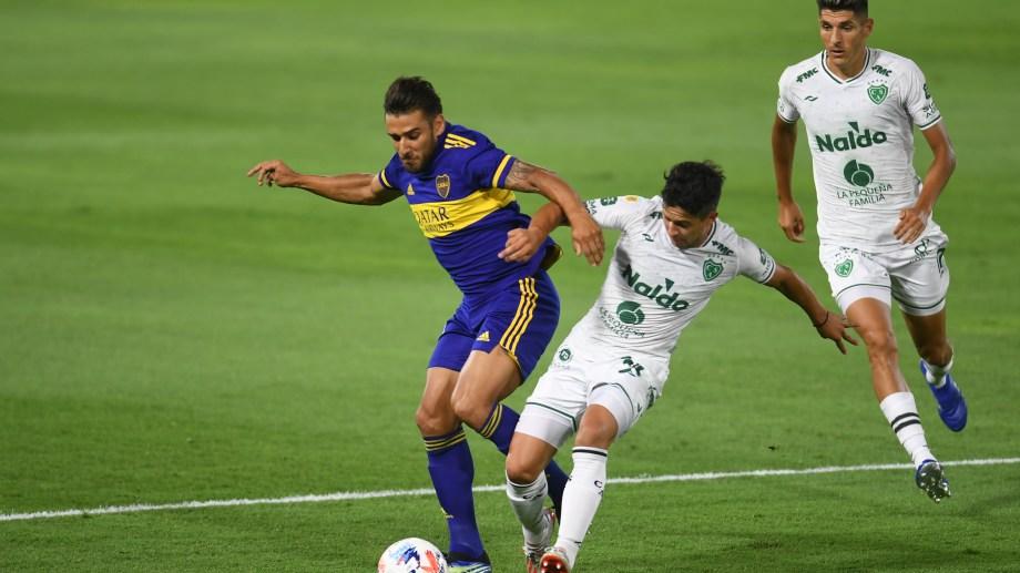 Eduardo Salvio se tuvo que ir lesionado a los 22 minutos del primer tiempo por una lesión en la rodilla izquierda. Foto: Fernando Gens/amb/Telam
