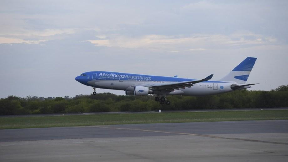 El vuelo AR1050 partió a las 13 desde Ezeiza. (télam)